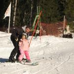 Sienna Learning to Ski